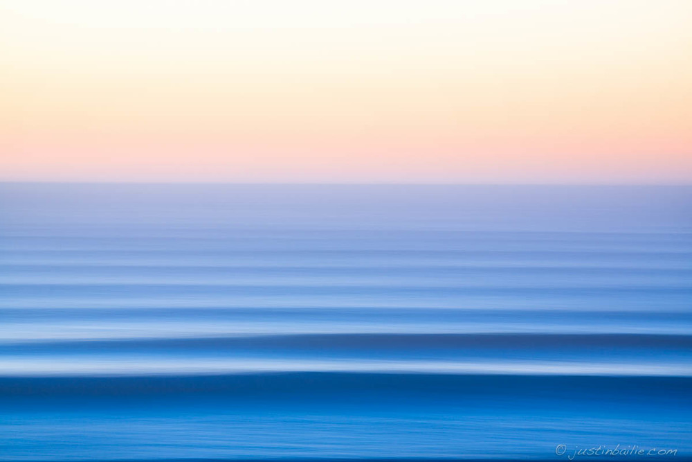 Pacific Ocean. 10ft @ 19 sec.