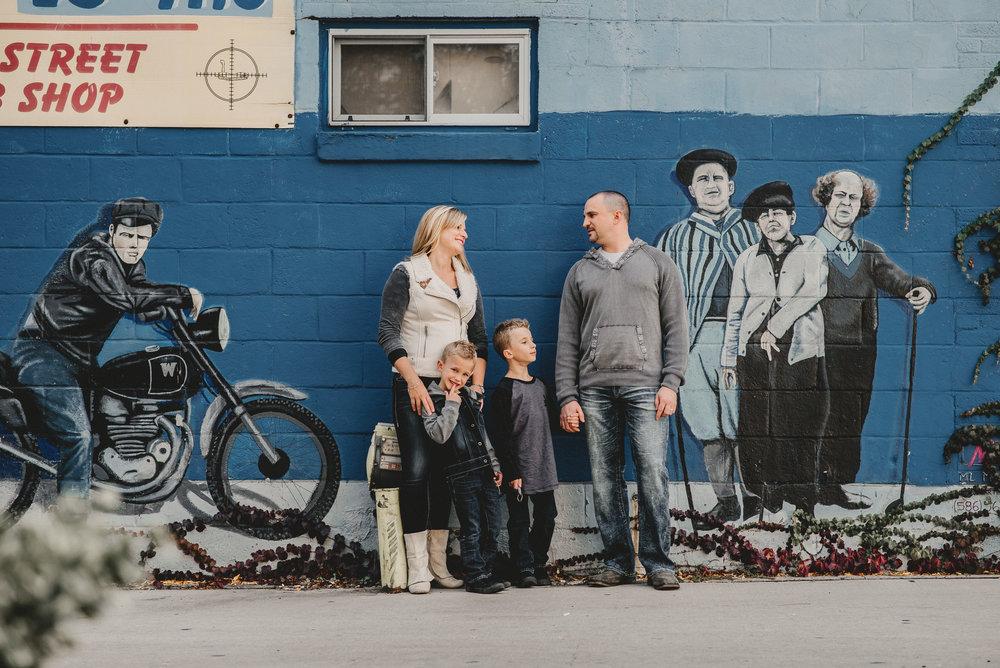 Royal Oak Michigan Family Photographer.jpg