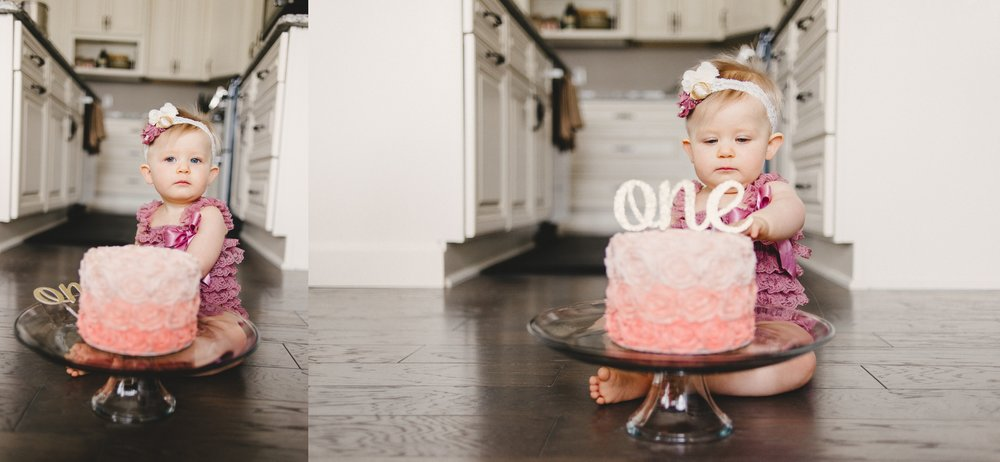 Michigan Family Photographer First Birthday Cakesmash Lifestyle Black and White Indoors (17).jpg
