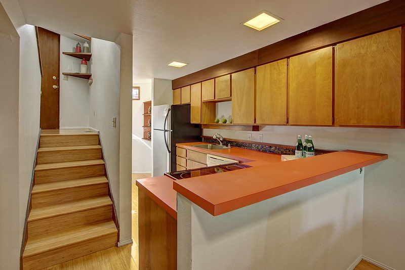 kitchen entry stairs.jpg