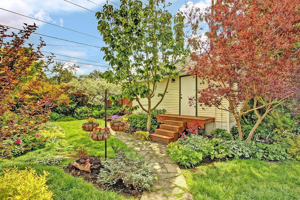 garden to garage.jpg