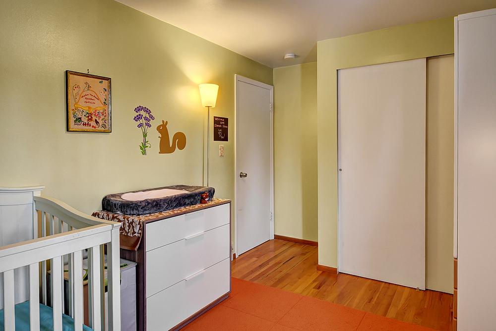 baby bedroom.jpg