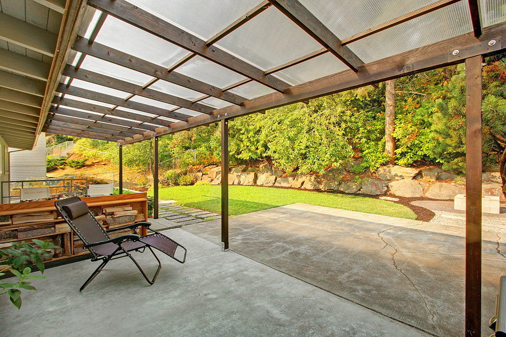 covered patio1.jpg