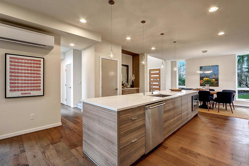 kitchen to hallway.jpg
