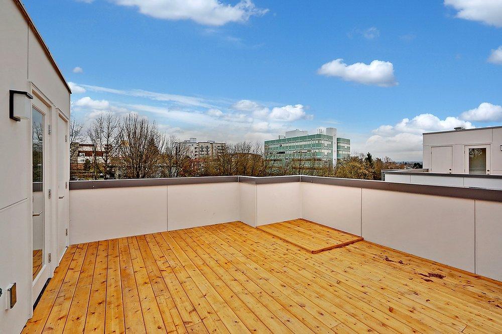 B rooftop deck.jpg