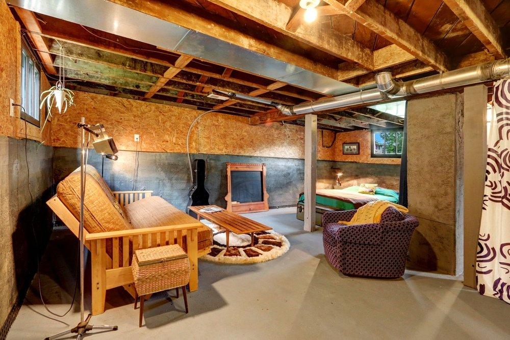 basement room.jpg