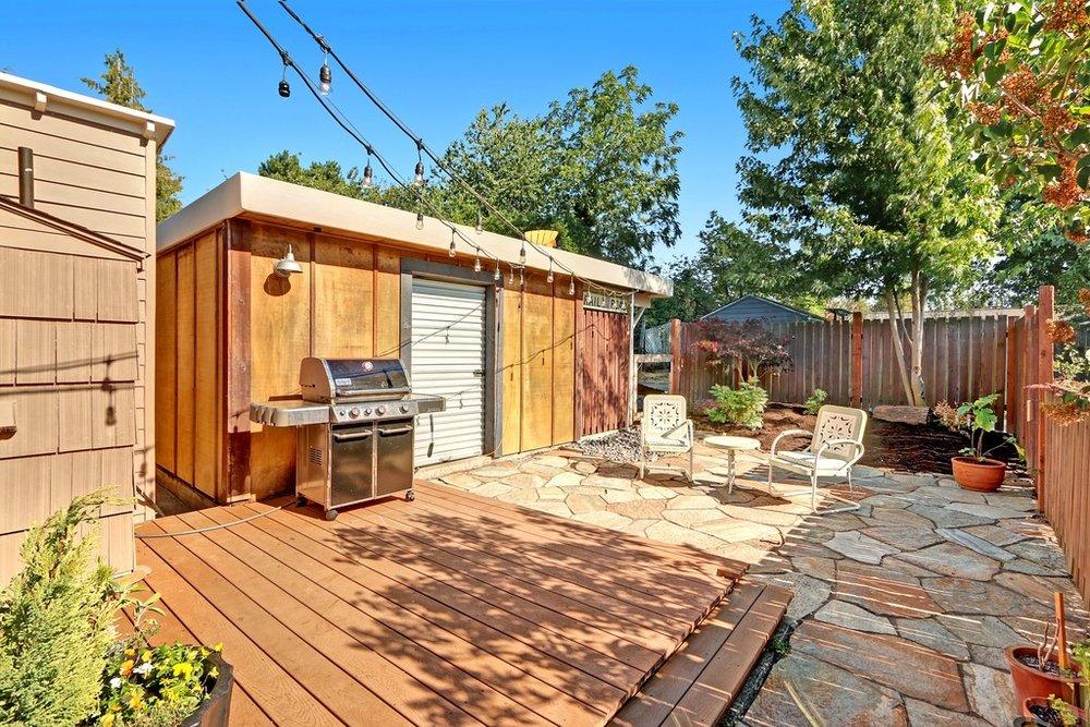 backyard to alley.jpg