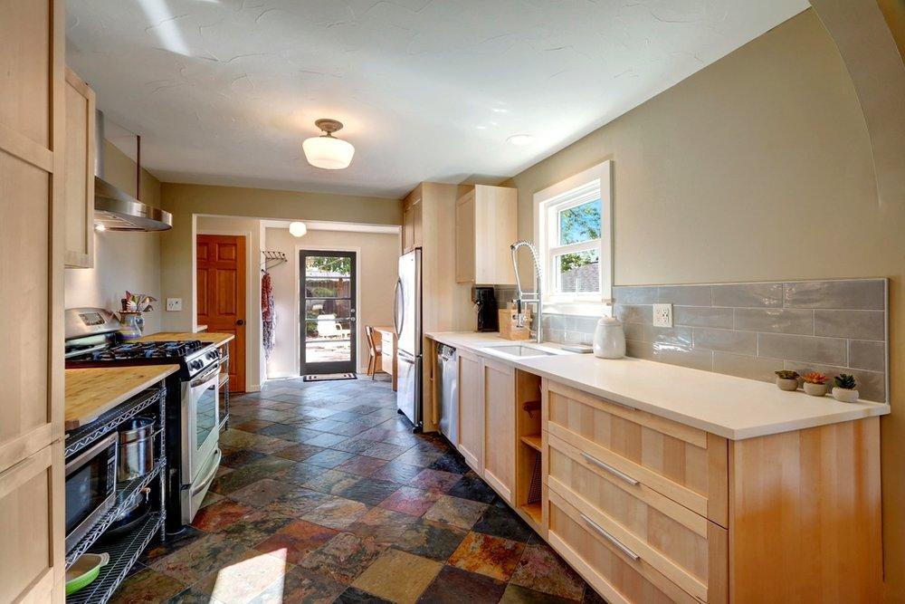 kitchen to backyard.jpg