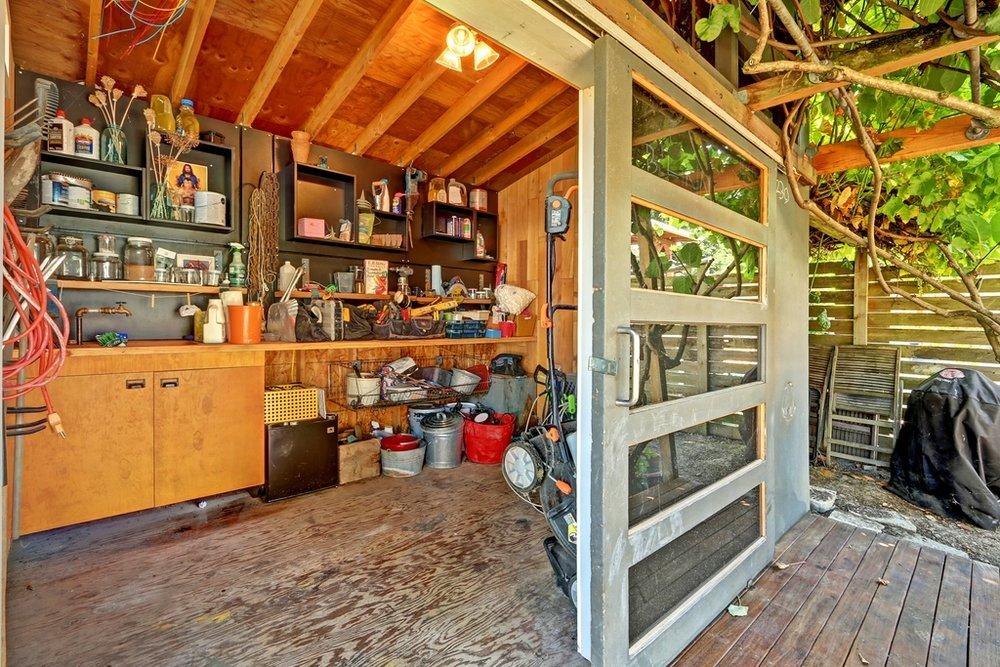 shed interior.jpg