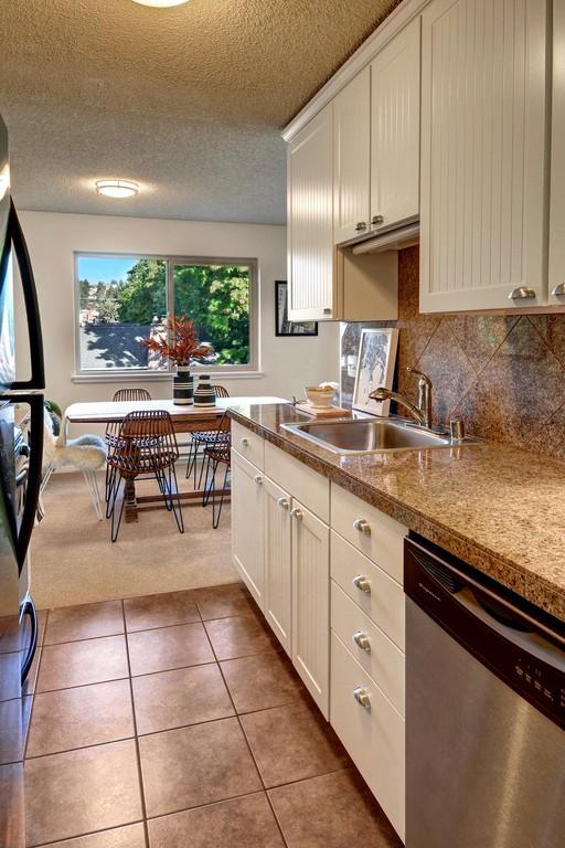 kitchen vertical.jpg