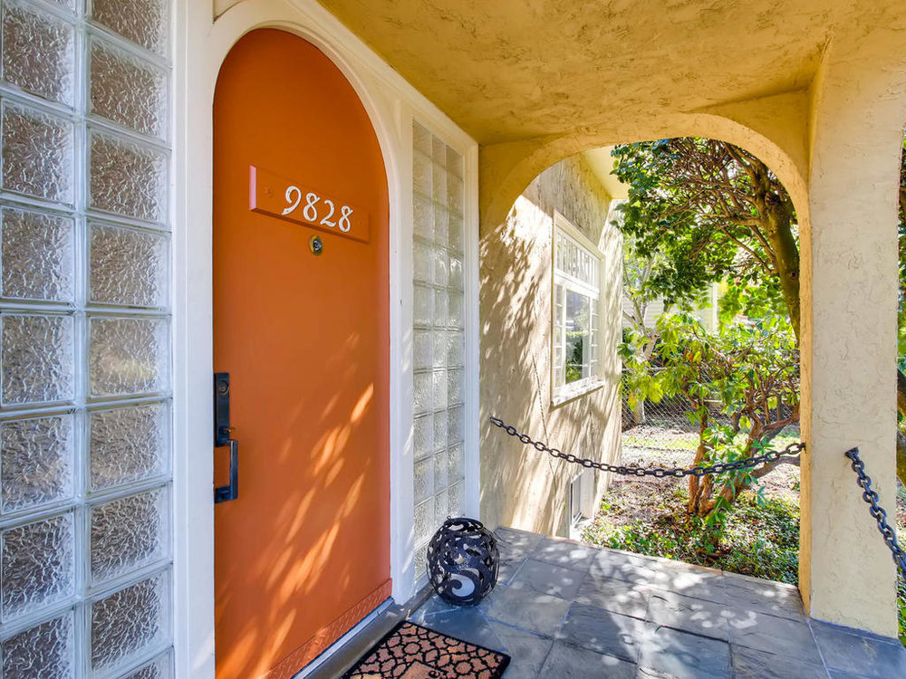 Exterior Front Entry-MLS_Size.jpg