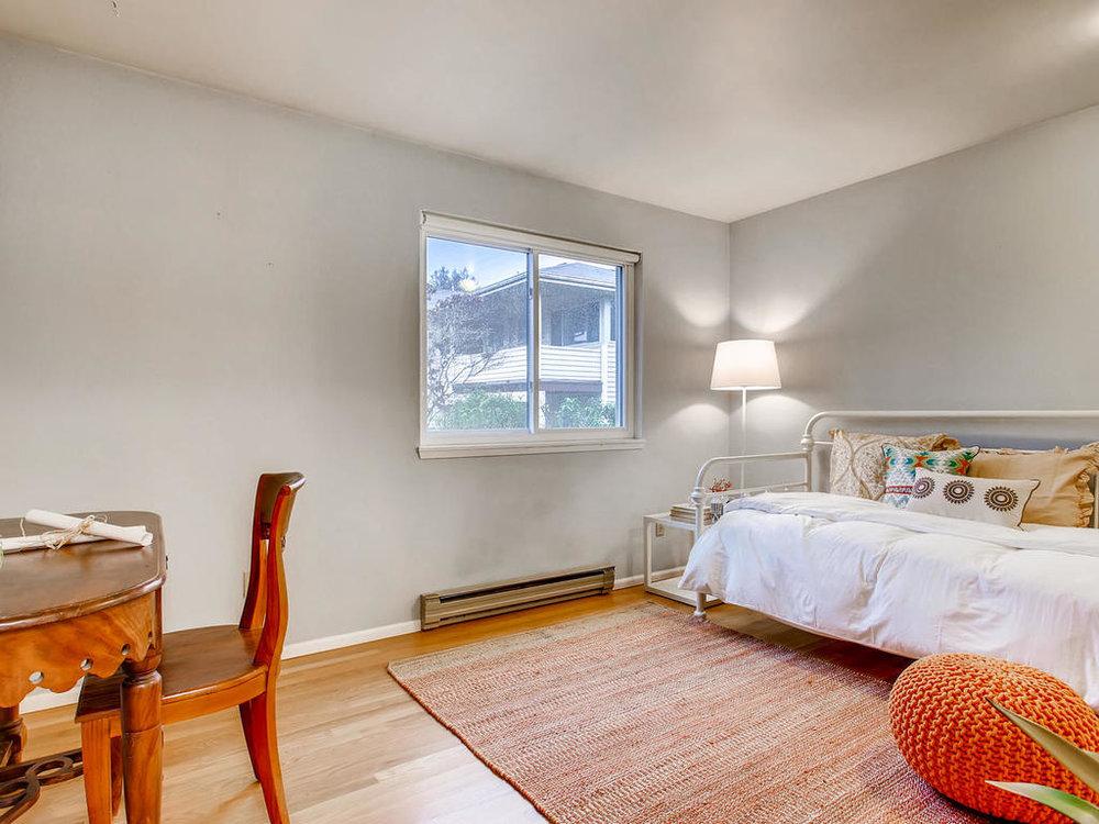 Bedroom 2-MLS_Size.jpg