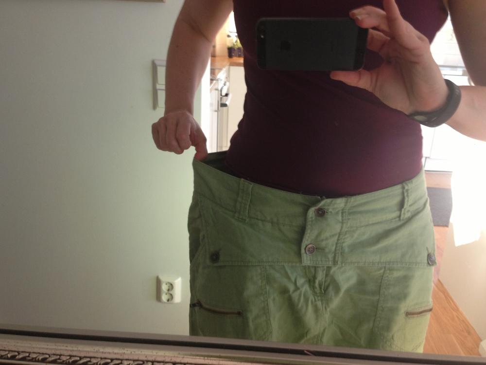 Köpte dessa byxorna i April 2012. Passade mig precis då…idag går de till second hand.