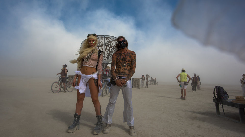 Two citizens of the Playa. ( click   to enlarge)