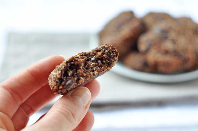 choc+quinoa+cookie+2.jpg