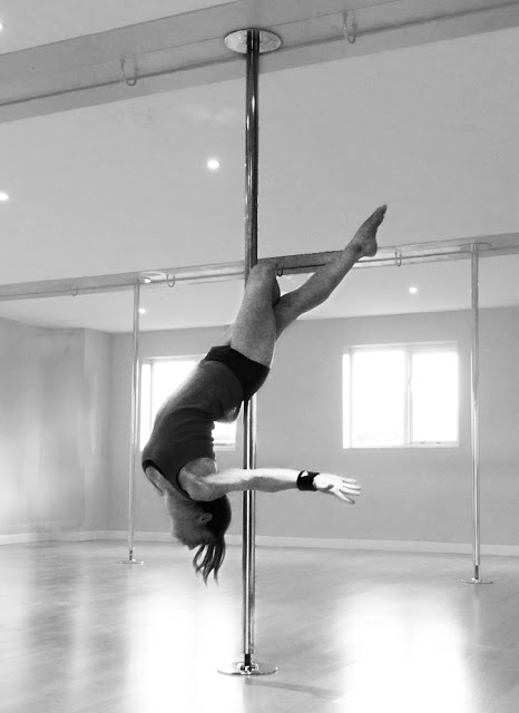 pole+cross+leg+release.jpg