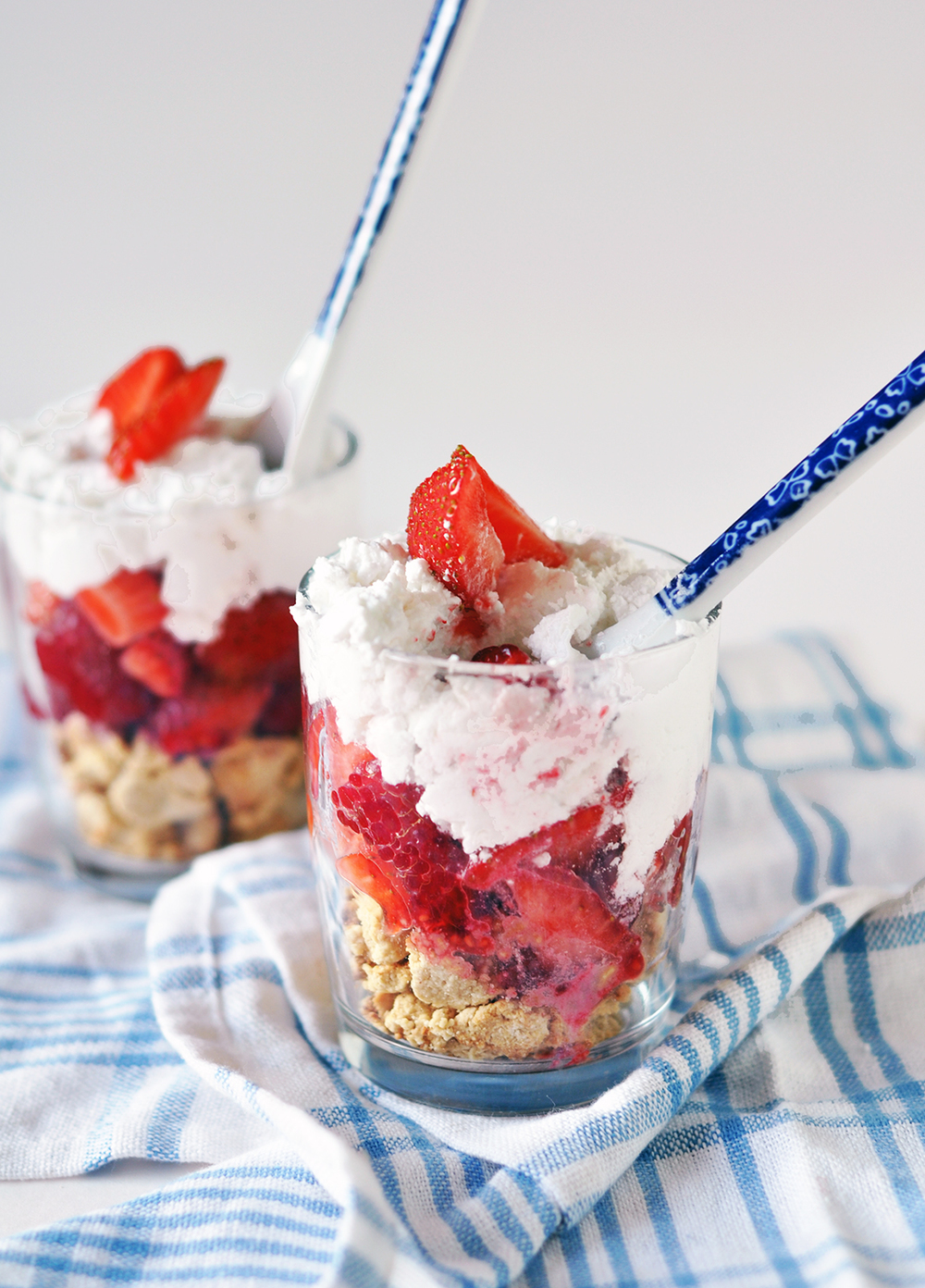Mmmm... stick your spoon right to the bottom and get messy! The best way to eat summer parfaits!
