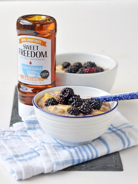 blackberry apple porridge3.jpg