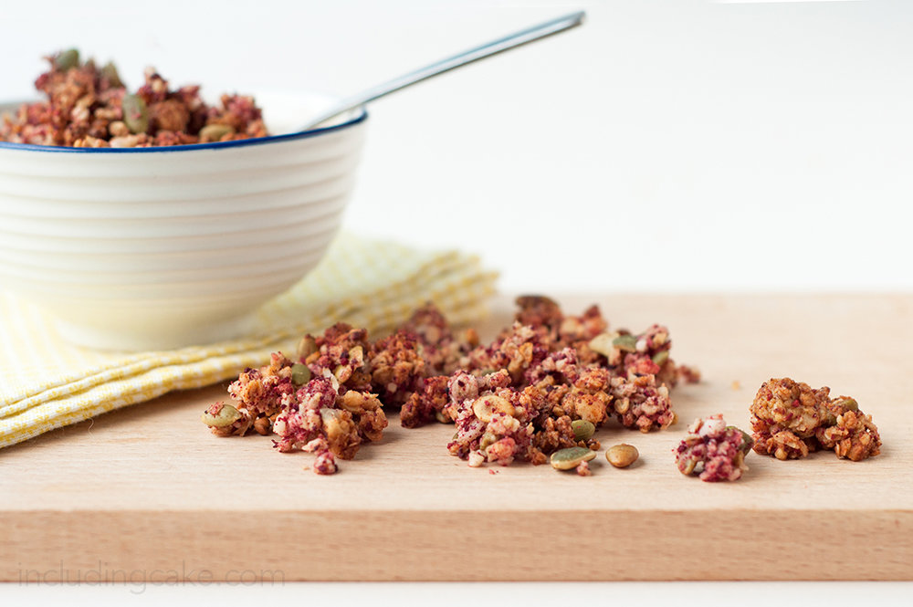 Recipe: Rhubarb Crumble Granola