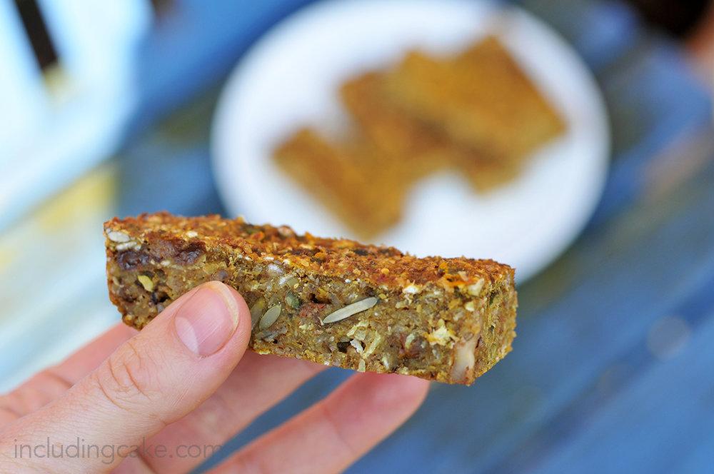 turmeric oat bar 2a.jpg