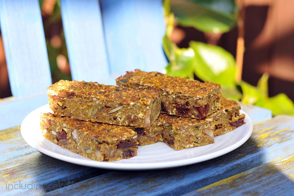 turmeric granola oat bar.jpg