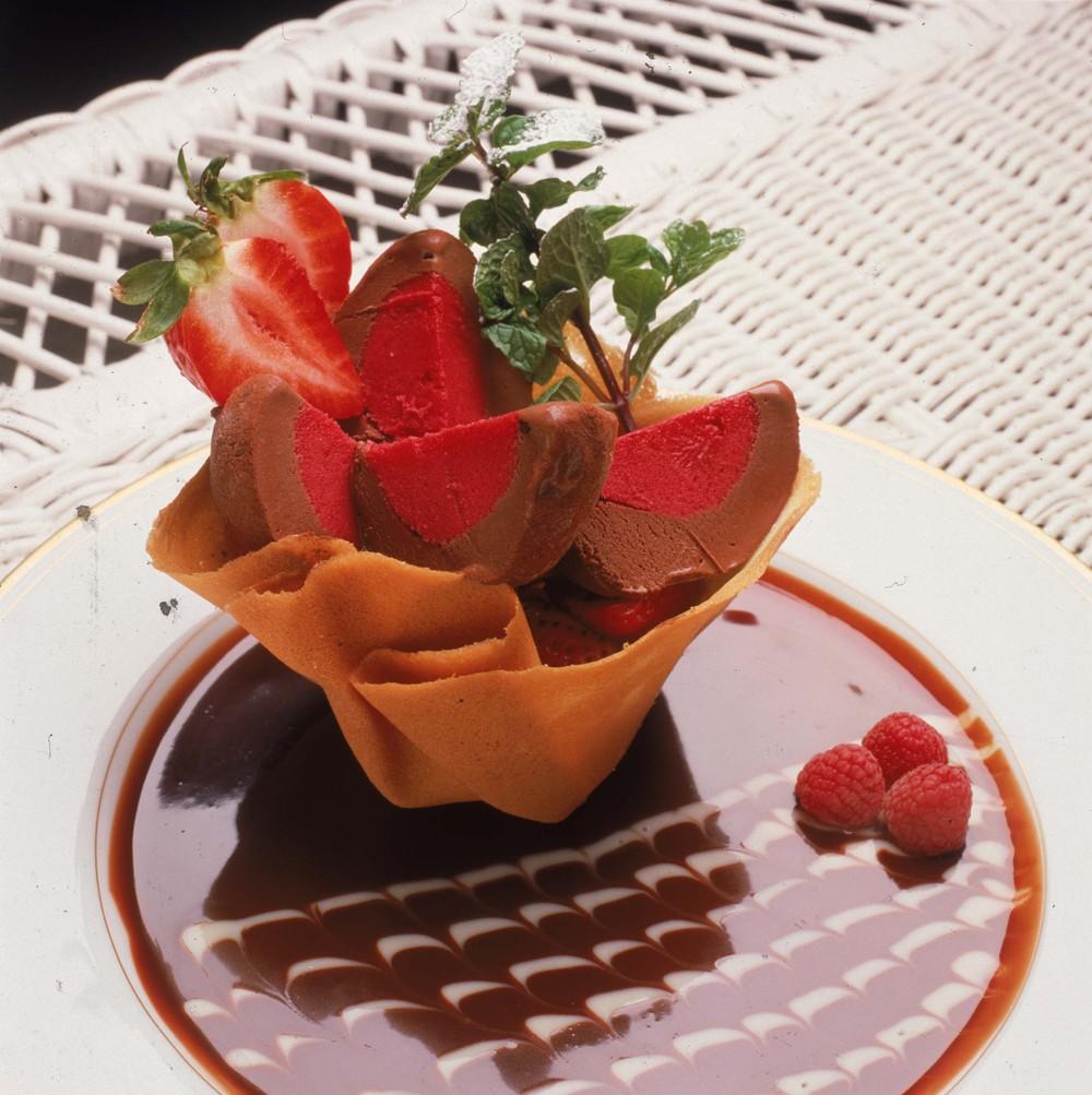 Raspberry Chocolate Tartufo