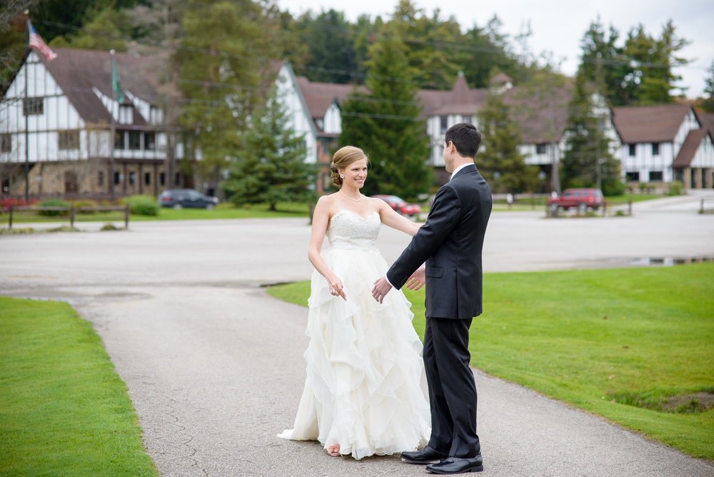 Rachel_Steve_Rustic_Wedding_3.jpg