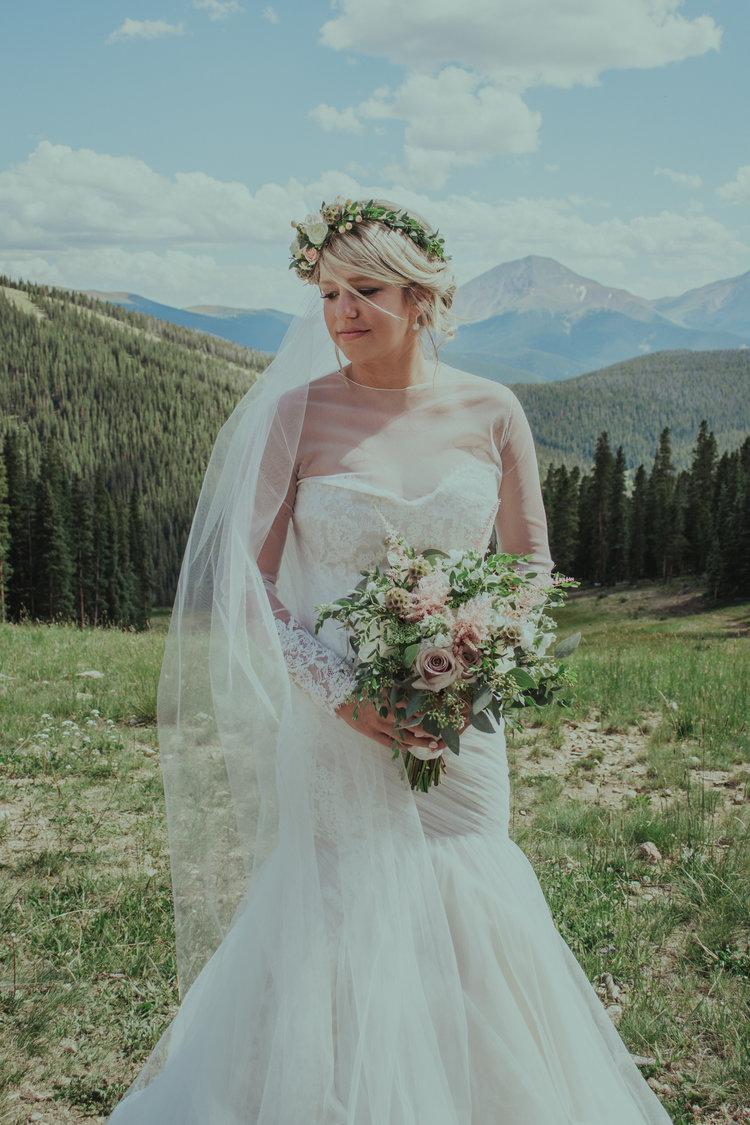 Real Wedding Lindsey + Jared | Timber Ridge Mountain Lodge Wedding ...