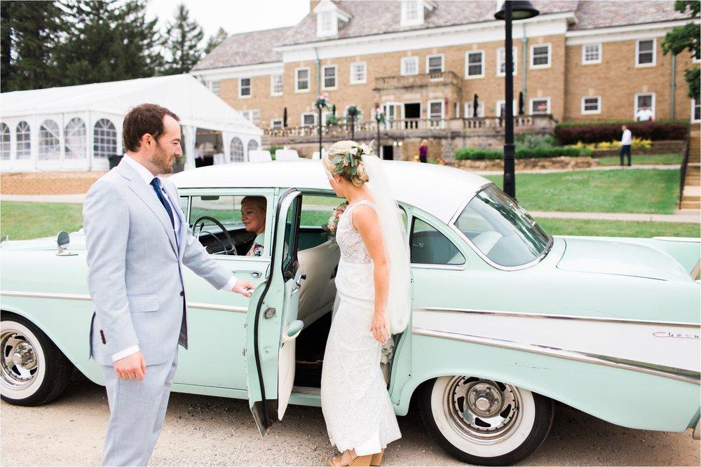 West-Michigan-wedding-photographer-Tifani-Lyn-The-Felt-Mansion-Estate-Wedding-Venue-Rose-Gold-Pink-Lis-Davis_0041.jpg