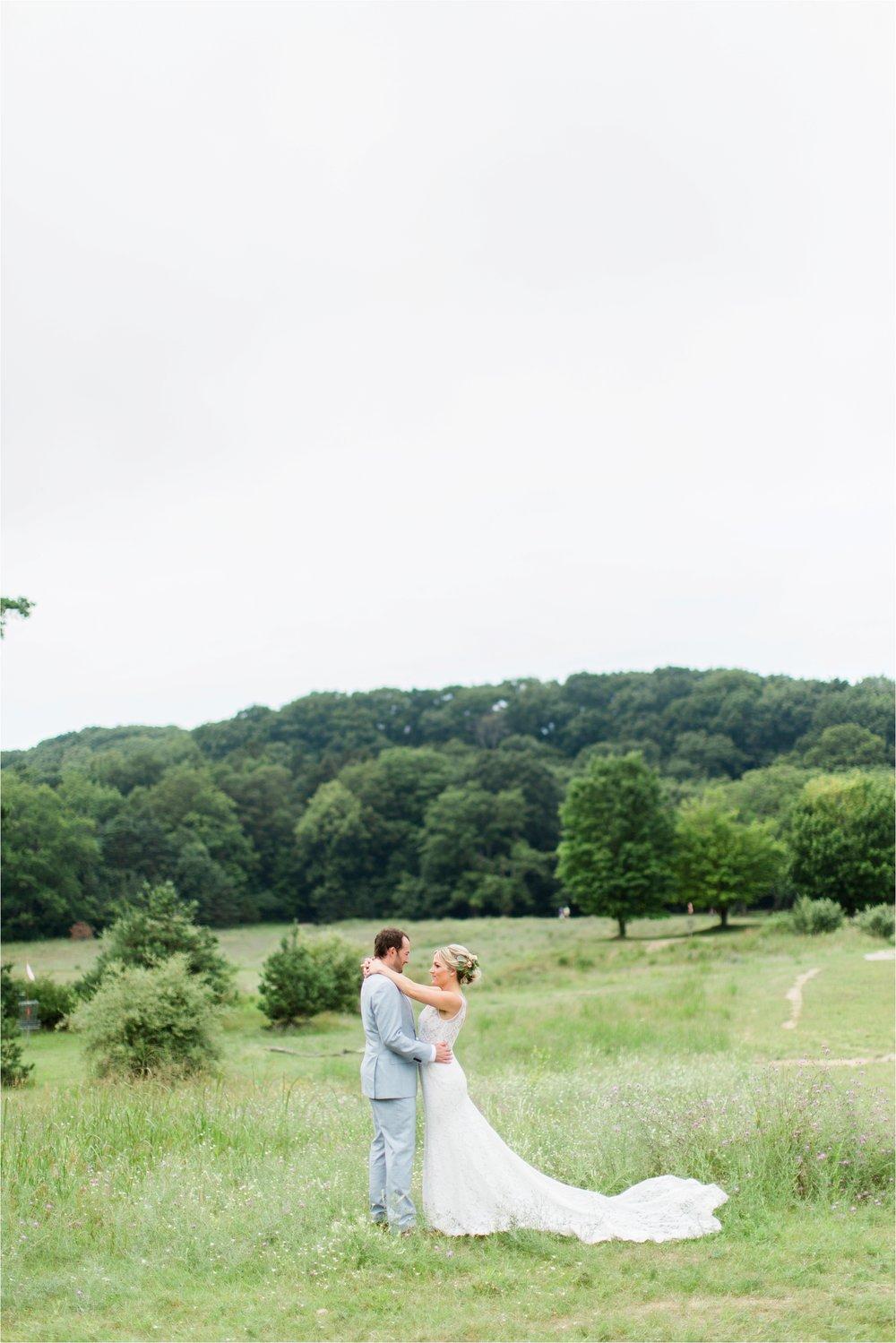 West-Michigan-wedding-photographer-Tifani-Lyn-The-Felt-Mansion-Estate-Wedding-Venue-Rose-Gold-Pink-Lis-Davis_0019.jpg