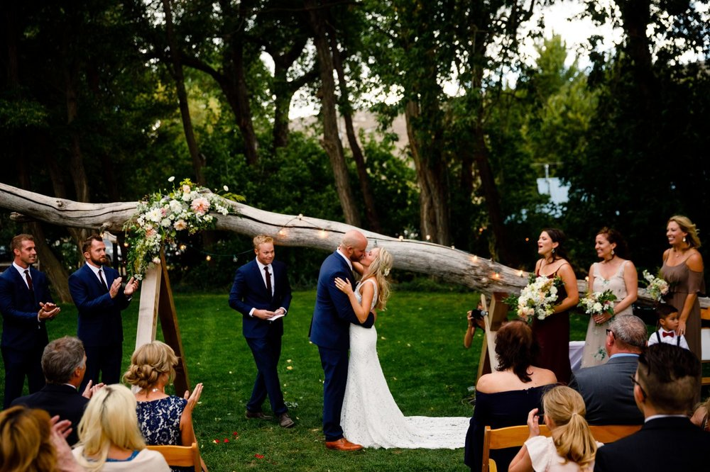Lyons_Farmette_Wedding_0031-1670x1113.jpg
