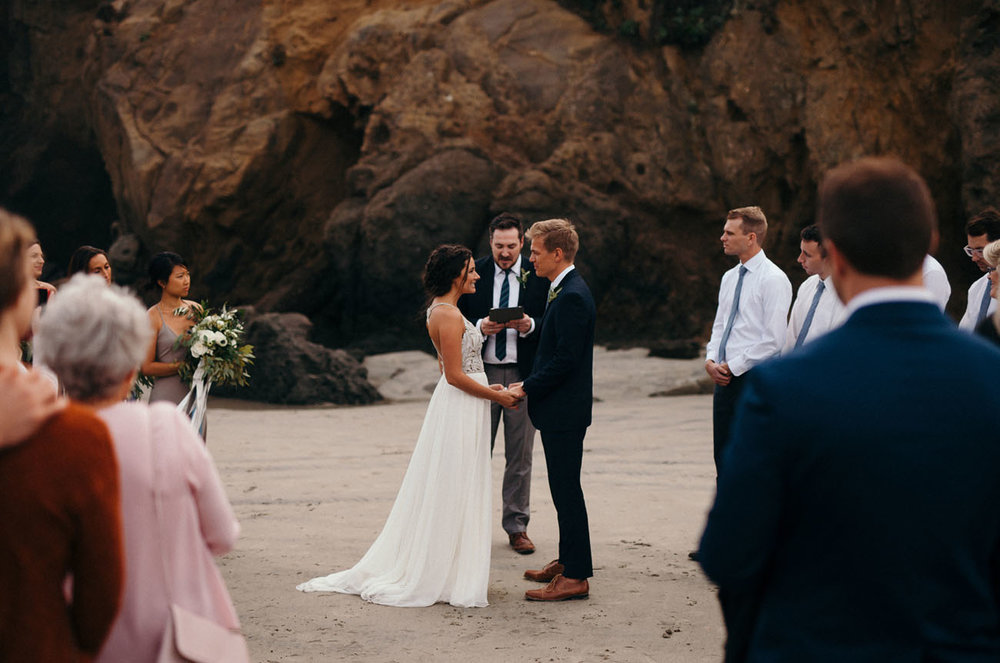 intimatebigsur-wedding-09.jpg