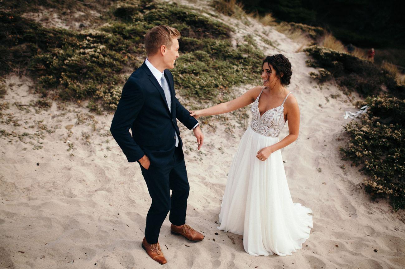 289925ee5c Real Wedding: Jami + Charlie   Stunning + Intimate Big Sur Beach ...