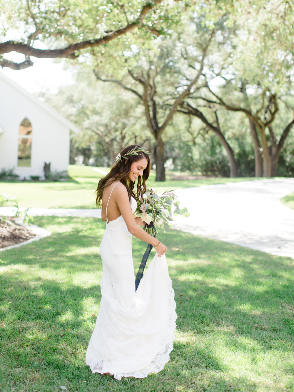 Chandelier_of_Gruene_Wedding_Summer_Barrett-159.jpg