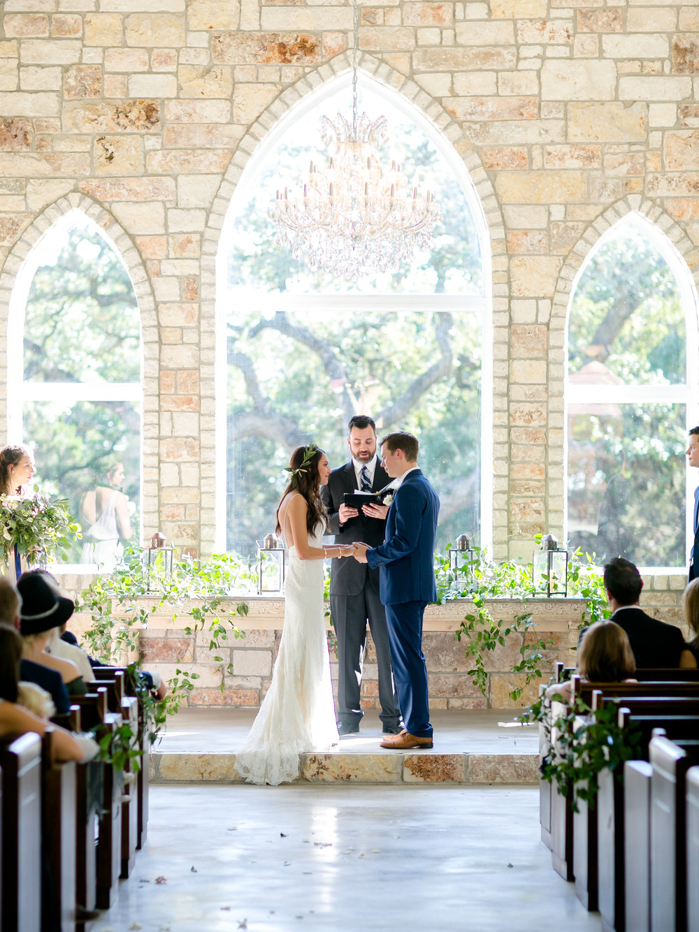 Chandelier_of_Gruene_Wedding_Summer_Barrett-318.jpg