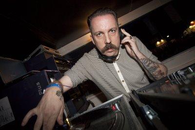 Andrew Weatherall DJ