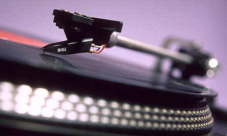 Needle-and-turntable-007.jpg