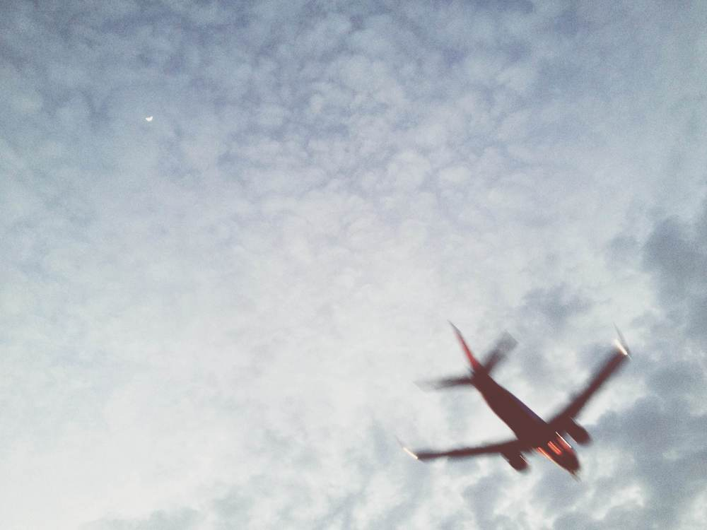 iphone photography airplane overhead.jpg