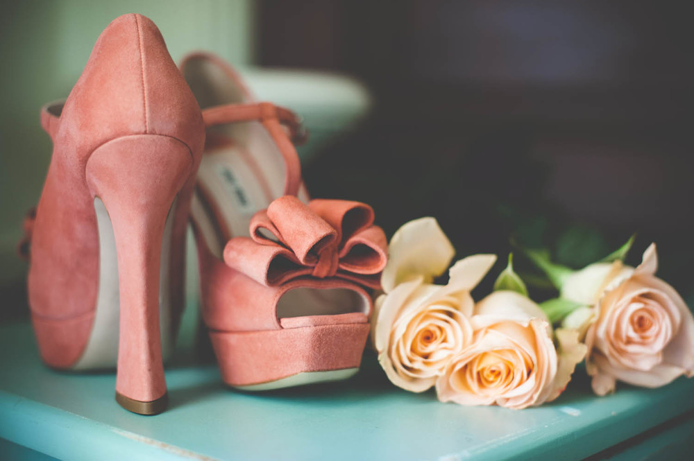 brides-wedding shoes-ian-andrew-photography-021.jpg
