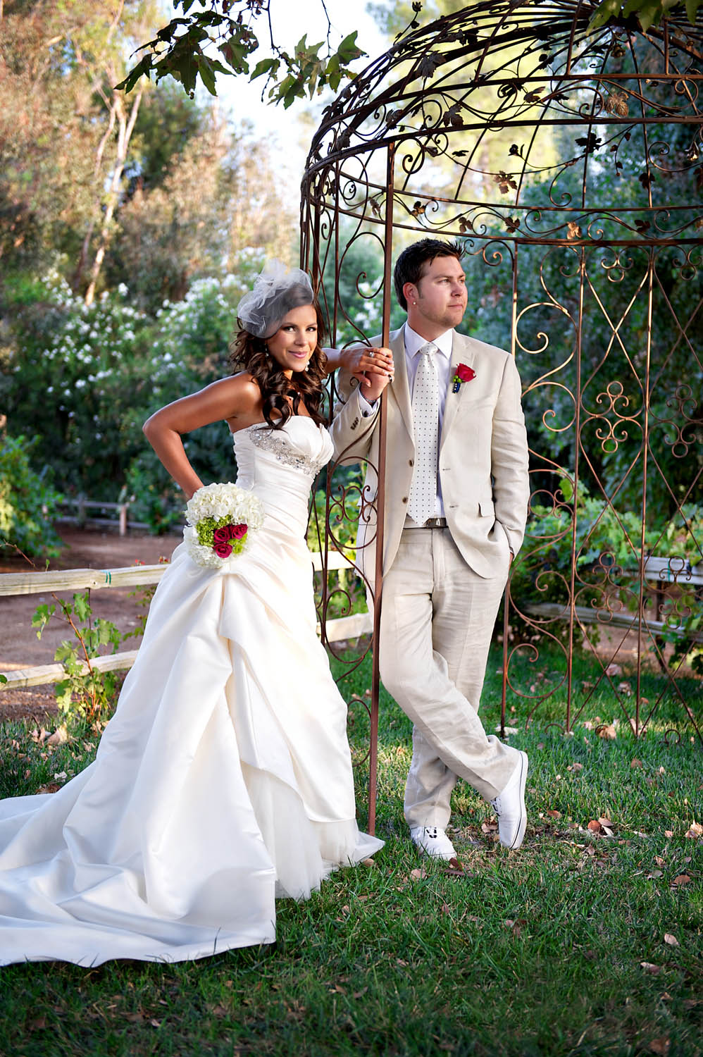 bride-and-groom-portraits-lake-oak-meadows-ian-andrew-photography-006.jpg