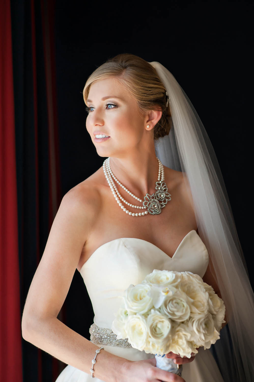 elegant-bride-portraits-ian-andrew-photography-117.jpg