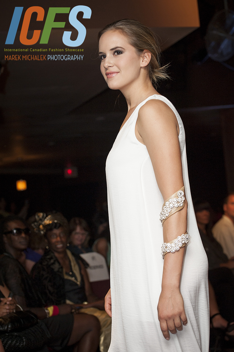 Photographer - International Canadian Fashion Showcase - Marek Michalek_39.jpg