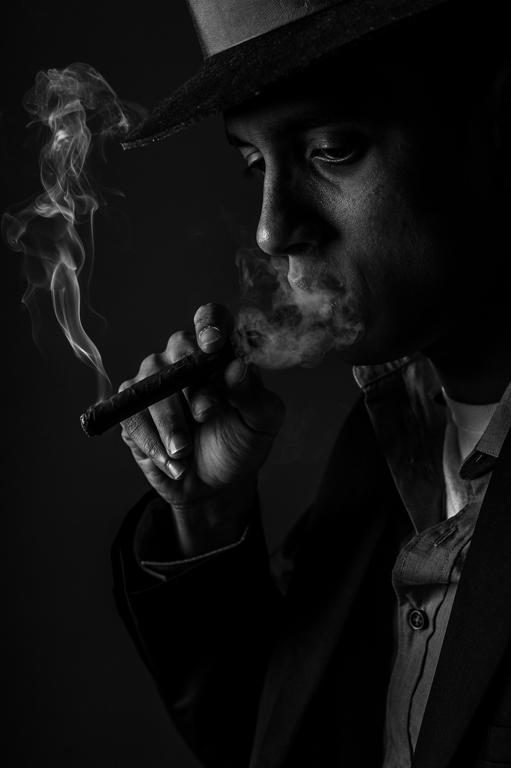 Marek Michalek Toronto Hamilton Portrait Photographer - Smoking.jpg