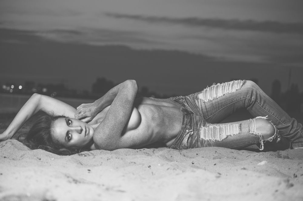 Marek Michalek Toronto Hamilton Commercial Fashion Photographer - Beach Model.jpg