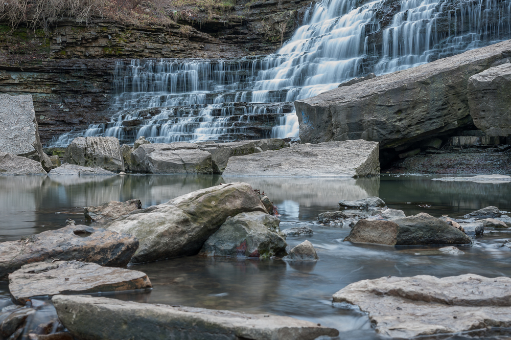Albion Falls by Marek Michalek 03.jpg