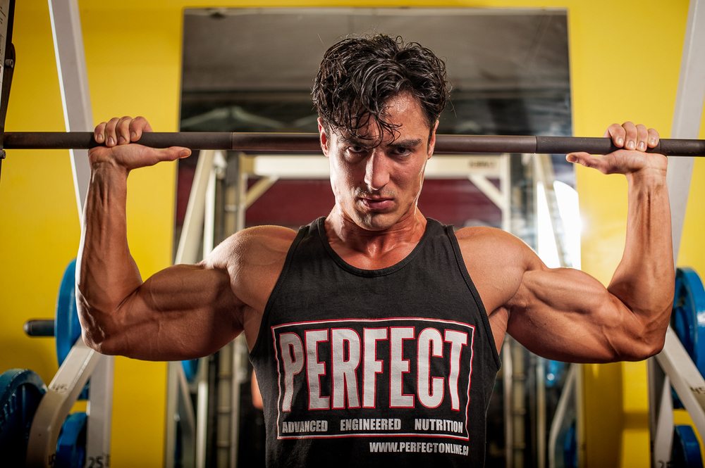 Hamilton Toronto Fitness Competitor Photographer - Marek Michalek - Rob Monroe Gym Shoot.jpg