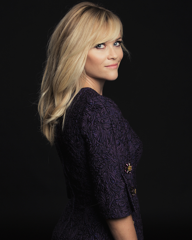 540e1c647adc3d3155325ef1_reese-witherspoon-tiff-portraits-vf.jpg