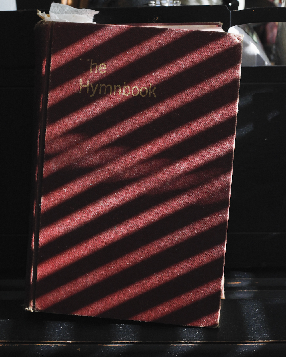 d_hymnbook.jpg