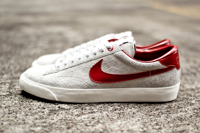 clot-nike-tennis-classic-suede-further-look-1.jpg