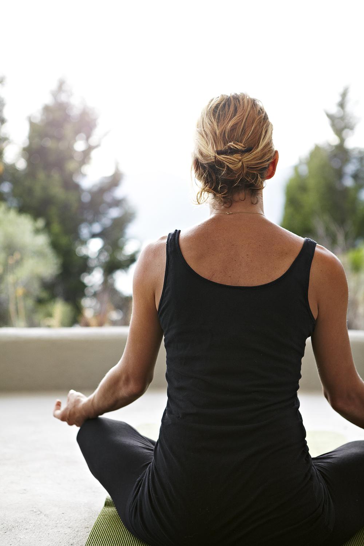 131007_SilverIsland_Yoga_A.jpg